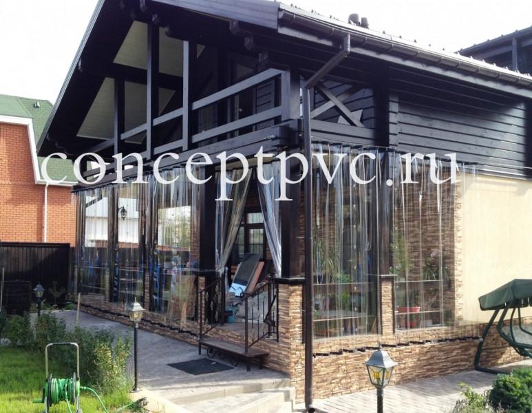 Раздвижные шторы для веранды из полиуретана создают привлекательный внешний вид, а так же красоту для Вашей веранды
